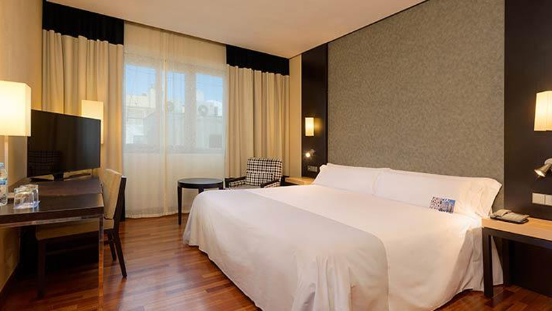 4****Tryp Rincon